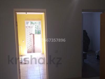 4-комнатный дом, 100 м², 4 сот., улица Ескалиева 62 за 24 млн 〒 в Уральске