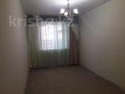 7-комнатный дом, 300 м², 4 сот., Жунисова 4 за 42 млн 〒 в Уральске — фото 8