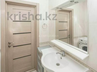 2-комнатная квартира, 65 м², 3/12 этаж посуточно, Достык 13 — Туркестан за 12 000 〒 в Нур-Султане (Астана), Есильский р-н — фото 19