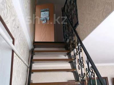 9-комнатный дом, 180 м², 8 сот., Карасу 23 за 28 млн 〒 в Шымкенте, Абайский р-н — фото 3