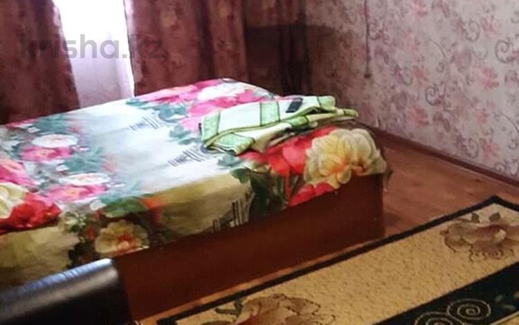 1-комнатная квартира, 36 м², 5/5 этаж, Жангельдина за 9.5 млн 〒 в Шымкенте, Аль-Фарабийский р-н