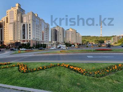 Помещение площадью 70 м², проспект Достык 210 — проспект Аль-Фараби за 6 000 〒 в Алматы, Медеуский р-н