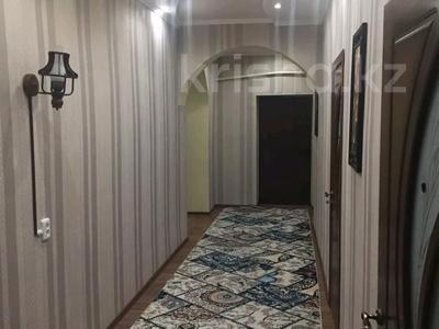 6-комнатный дом, 200 м², 9 сот., Сухамбаева — Щербакова за 36 млн 〒 в Таразе — фото 3