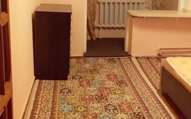 2-комнатная квартира, 55 м², 5/5 этаж помесячно, мкр Мамыр-1 8 за 125 000 〒 в Алматы, Ауэзовский р-н