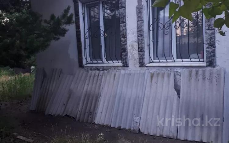 4-комнатный дом, 120 м², 14 сот., Четская за 15 млн 〒 в Караганде, Казыбек би р-н