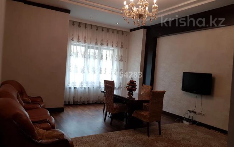 2-комнатная квартира, 100 м², 1 этаж, Кабанбай батыра за 42 млн 〒 в Нур-Султане (Астана), Есиль р-н