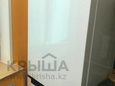 3-комнатная квартира, 63 м², 4/9 этаж помесячно, Степной-2 2 за 120 000 〒 в Караганде, Казыбек би р-н — фото 15