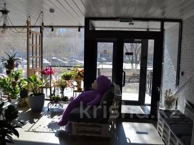 Магазин площадью 122 м², проспект Абилкайыр Хана 89 за 70 млн 〒 в Актобе — фото 3
