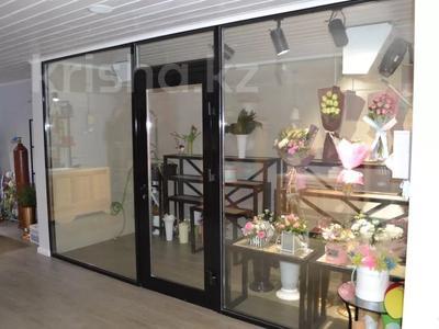 Магазин площадью 122 м², проспект Абилкайыр Хана 89 за 70 млн 〒 в Актобе — фото 11