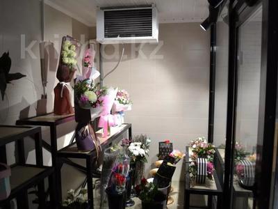 Магазин площадью 122 м², проспект Абилкайыр Хана 89 за 70 млн 〒 в Актобе — фото 12
