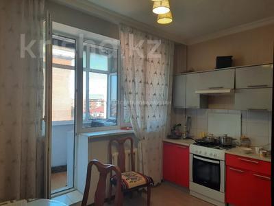 2-комнатная квартира, 70 м², 4/5 этаж, Абылай хана за 20 млн 〒 в Нур-Султане (Астана), Алматы р-н — фото 3