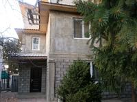 5-комнатный дом помесячно, 200 м²
