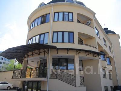 Здание, площадью 1277 м², проспект Аль-Фараби — Экспериментальная за 328 млн 〒 в Алматы, Бостандыкский р-н