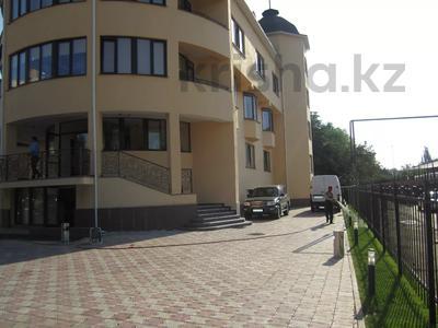 Здание, площадью 1277 м², проспект Аль-Фараби — Экспериментальная за 328 млн 〒 в Алматы, Бостандыкский р-н — фото 3