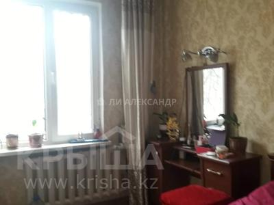 2-комнатная квартира, 52 м², 2/4 этаж, мкр №9, Жандосова — Саина за 18.2 млн 〒 в Алматы, Ауэзовский р-н — фото 2