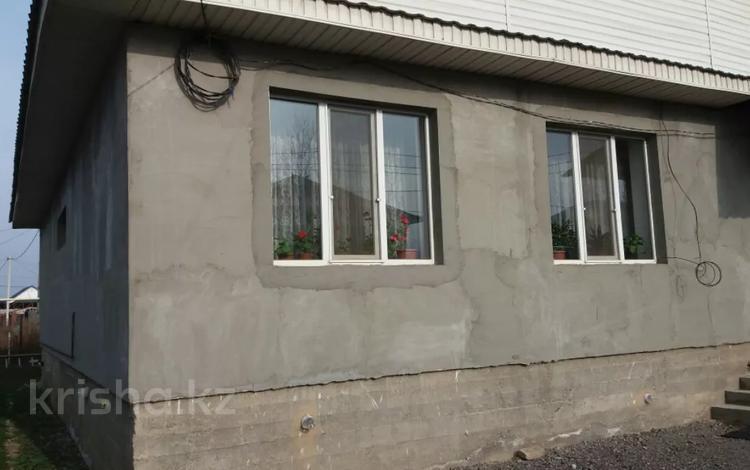3-комнатный дом, 130 м², 8 сот., Абая — Арман за 27 млн 〒 в Туздыбастау (Калинино)