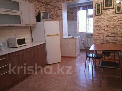 2-комнатная квартира, 80 м², 2 этаж помесячно, 27-й мкр 85 за 110 000 〒 в Актау, 27-й мкр — фото 4