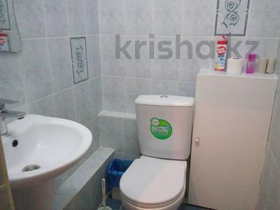 2-комнатная квартира, 80 м², 2 этаж помесячно, 27-й мкр 85 за 110 000 〒 в Актау, 27-й мкр — фото 6