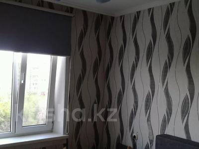 3-комнатная квартира, 64 м², 8/10 этаж, Мкр Гульдер -1 2 за 16.2 млн 〒 в Караганде, Казыбек би р-н — фото 3