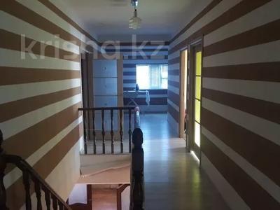 8-комнатный дом, 286 м², 8 сот., Энгельса 51 за 60 млн 〒 в Атырауской обл. — фото 15
