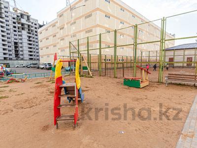 3-комнатная квартира, 79 м², 3/9 этаж, Такын Сара 4а за 28.5 млн 〒 в Нур-Султане (Астана), Есиль р-н — фото 24