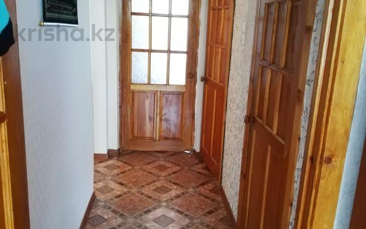 2-комнатная квартира, 55 м², 2/5 этаж, мкр Женис, 6-микроройон 62 за 18 млн 〒 в Уральске, мкр Женис