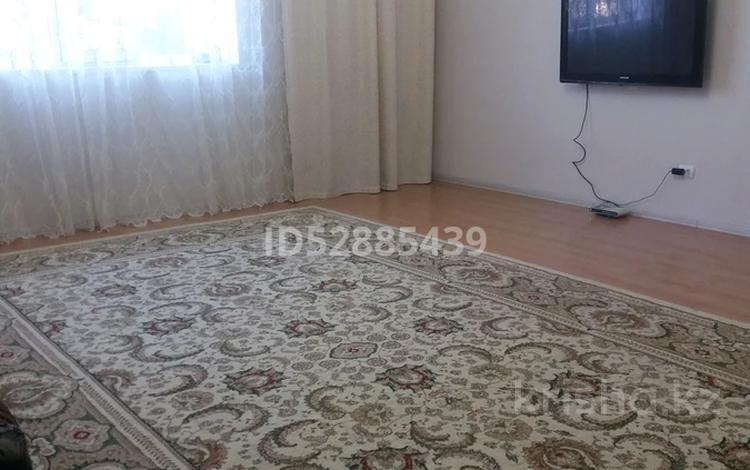 9-комнатный дом, 256 м², 8.4 сот., мкр Калкаман-2 47 за ~ 68.4 млн 〒 в Алматы, Наурызбайский р-н