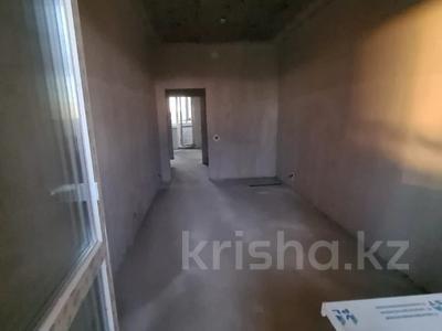 3-комнатная квартира, 102.8 м², 13/18 этаж, Кабанбай-батыра за 31 млн 〒 в Нур-Султане (Астана), Есиль р-н — фото 5