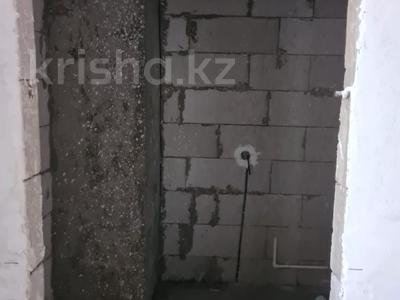 3-комнатная квартира, 102.8 м², 13/18 этаж, Кабанбай-батыра за 31 млн 〒 в Нур-Султане (Астана), Есиль р-н — фото 13