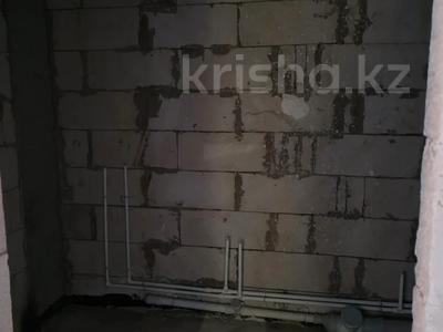 3-комнатная квартира, 102.8 м², 13/18 этаж, Кабанбай-батыра за 31 млн 〒 в Нур-Султане (Астана), Есиль р-н — фото 14