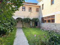 6-комнатный дом посуточно, 700 м², 16 сот.