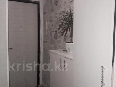 2-комнатная квартира, 43 м², 5/5 этаж, Таха Хусейна за 15 млн 〒 в Нур-Султане (Астана), р-н Байконур — фото 10