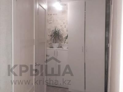 2-комнатная квартира, 43 м², 5/5 этаж, Таха Хусейна за 15 млн 〒 в Нур-Султане (Астана), р-н Байконур — фото 3