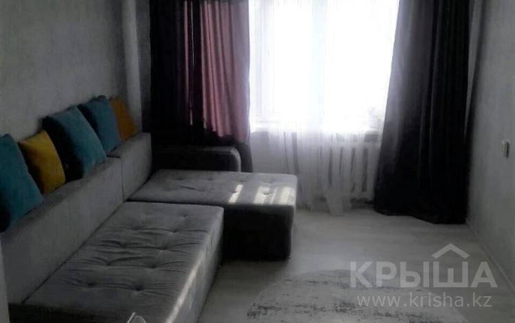 2-комнатная квартира, 43 м², 5/5 этаж, Таха Хусейна за 14.3 млн 〒 в Нур-Султане (Астана), р-н Байконур