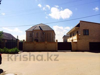 11-комнатный дом, 600 м², 12 сот., Абая 368 — Ломова за 98 млн 〒 в Павлодаре