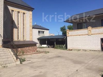 11-комнатный дом, 600 м², 12 сот., Абая 368 — Ломова за 98 млн 〒 в Павлодаре — фото 11