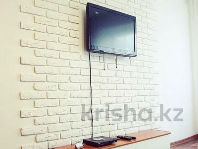 1-комнатная квартира, 33 м², 4/5 этаж посуточно, Бектурова 71 — Лермонтова за 5 500 〒 в Павлодаре — фото 2