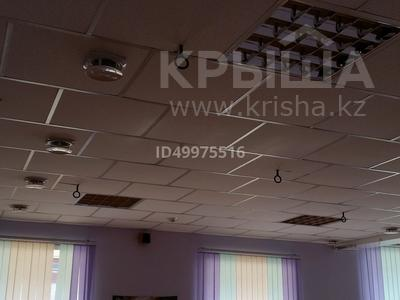 Здание, площадью 480 м², 8-й микрорайон — Темиртауская за 65 млн 〒 — фото 14