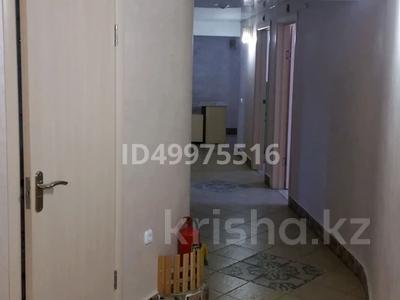 Здание, площадью 480 м², 8-й микрорайон — Темиртауская за 65 млн 〒 — фото 33