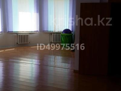Здание, площадью 480 м², 8-й микрорайон — Темиртауская за 65 млн 〒 — фото 5
