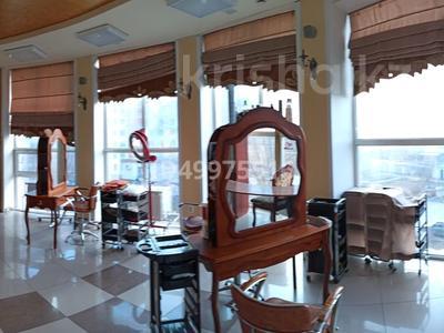 Здание, площадью 480 м², 8-й микрорайон — Темиртауская за 65 млн 〒 — фото 9