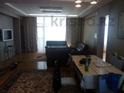4-комнатная квартира, 140 м², 11/22 этаж помесячно, Байтурсынова за 450 000 〒 в Нур-Султане (Астана) — фото 4
