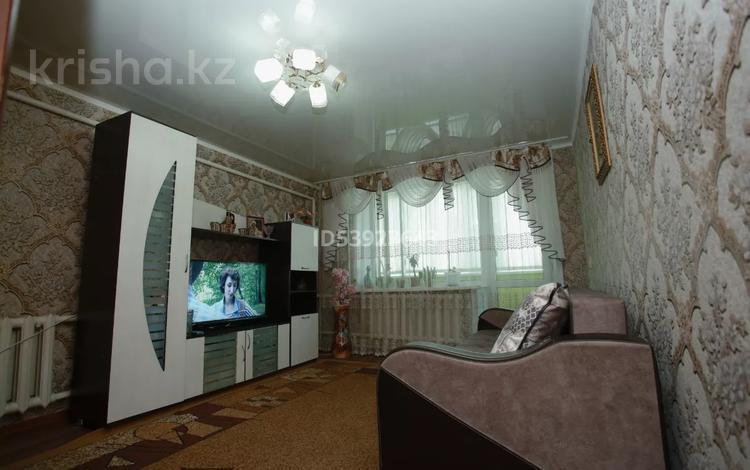 2-комнатная квартира, 58 м², 2/2 этаж, Экибастузская 117 за 7 млн 〒 в Караганде, Октябрьский р-н