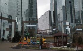 2-комнатная квартира, 83 м², 26/33 этаж, Аль-Фараби 5к3А за ~ 79 млн 〒 в Алматы, Бостандыкский р-н