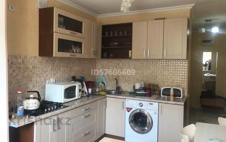 1-комнатная квартира, 37 м², 2/4 этаж, 3Б мкр, 3б мкр. 8 за 8.5 млн 〒 в Актау, 3Б мкр