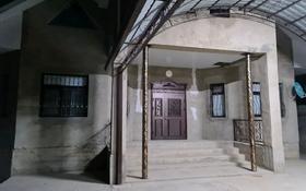 5-комнатный дом, 200 м², 10 сот., мкр Кайтпас 2 42 за 43 млн 〒 в Шымкенте, Каратауский р-н