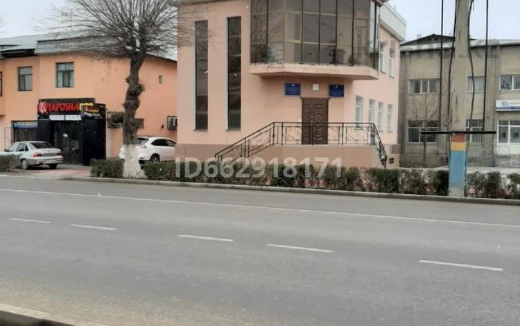 Здание, С. Кожанов 3А площадью 230 м² за 550 000 〒 в Туркестане