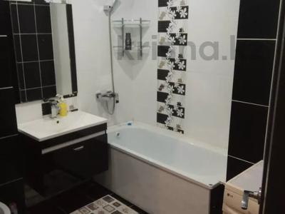 1-комнатная квартира, 30 м², 4/5 этаж посуточно, 4-й микрорайон за 8 000 〒 в Риддере — фото 2