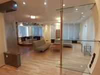 3-комнатная квартира, 146 м², 5/9 этаж помесячно
