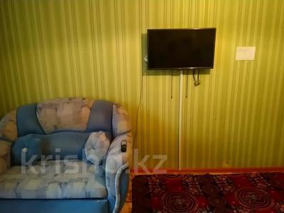 1-комнатная квартира, 31 м², 2/5 этаж по часам, 7 мкр 27 за 750 〒 в Темиртау — фото 2